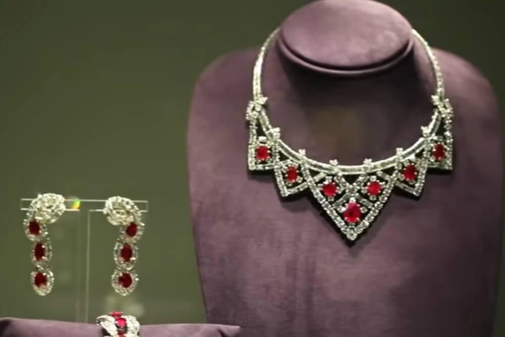 Dijamanti Elizabet Tejlor
